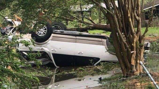 Twister hits Texas community; about a dozen hurt